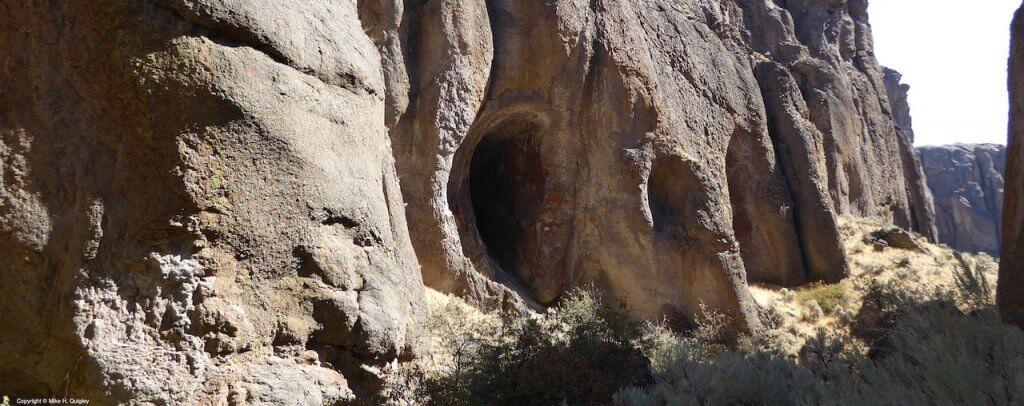 Stone Skull Formation